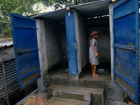SDGs CLEAN WATER AND SANITATION - 安全な水とトイレを世界中に 画像素材1
