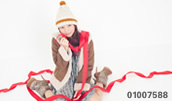 01007588(リボンを巻きつけた若い女性)とその連想画像